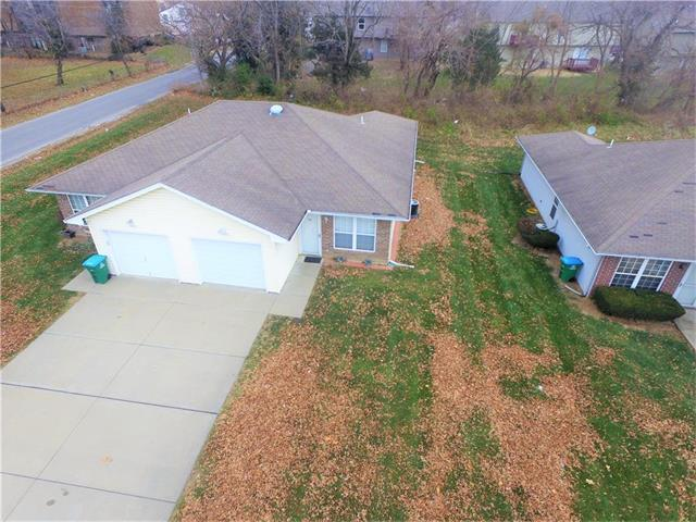 9002 E 85th Terrace, Raytown, MO 64138 (#2083484) :: The Shannon Lyon Group - Keller Williams Realty Partners