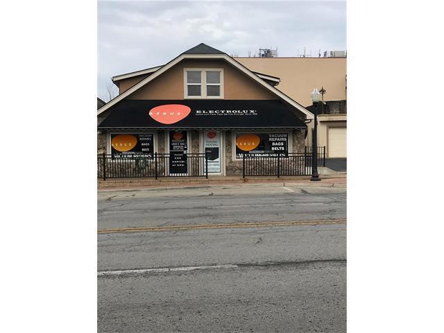 11216 Johnson Drive, Shawnee, KS 66203 (#2084826) :: Char MacCallum Real Estate Group