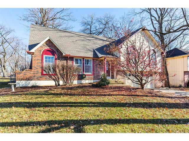 6819 Caenen Avenue, Shawnee, KS 66216 (#2085280) :: The Shannon Lyon Group - Keller Williams Realty Partners