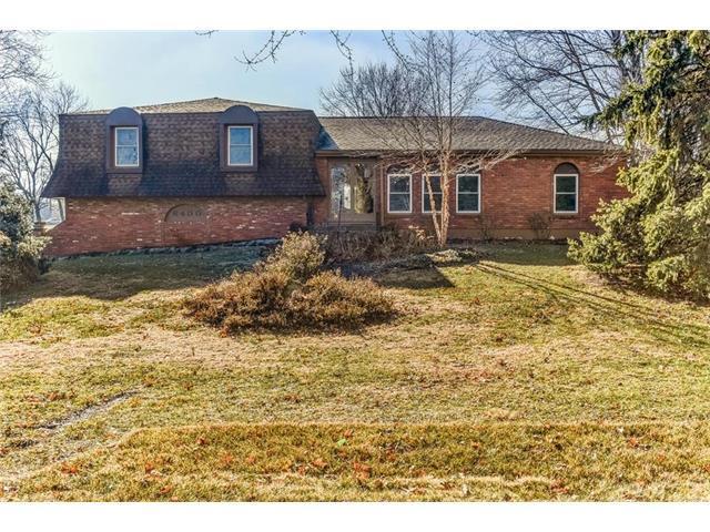 6400 W 191st Street, Stilwell, KS 66085 (#2085345) :: Char MacCallum Real Estate Group