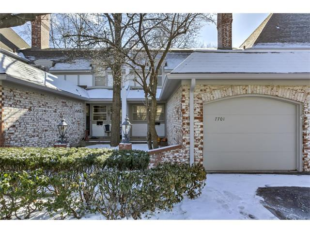7701 W 102nd Street, Overland Park, KS 66212 (#2085799) :: The Shannon Lyon Group - Keller Williams Realty Partners