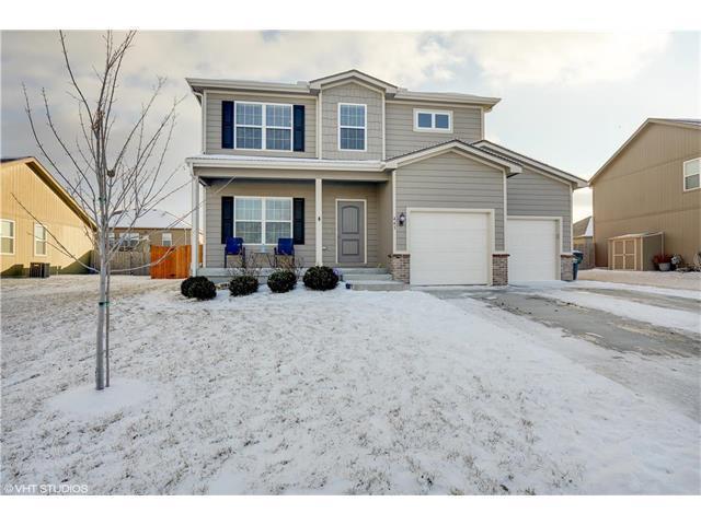 443 E Pawnee Street, Gardner, KS 66030 (#2086072) :: Char MacCallum Real Estate Group
