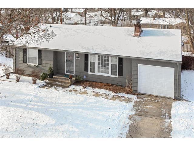 7192 Cherokee Drive, Prairie Village, KS 66208 (#2086244) :: Char MacCallum Real Estate Group