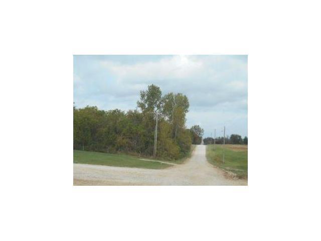 Tennessee Road, Wellsville, KS 66092 (#2086322) :: NestWork Homes