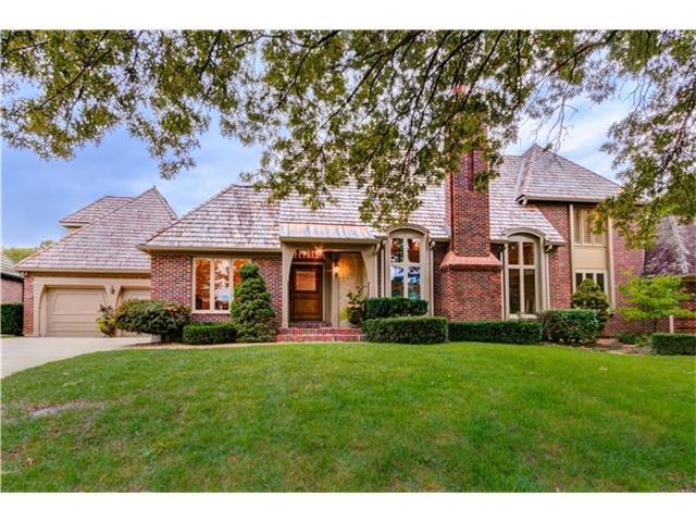 12 Le Mans Court, Prairie Village, KS 66208 (#2086383) :: Char MacCallum Real Estate Group