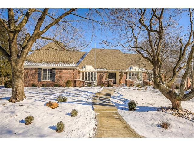 8419 Ensley Place, Leawood, KS 66206 (#2086390) :: The Shannon Lyon Group - Keller Williams Realty Partners