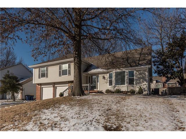 10238 Hauser Street, Lenexa, KS 66215 (#2086470) :: Char MacCallum Real Estate Group
