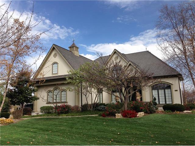 14105 Bluejacket Street, Overland Park, KS 66221 (#2086508) :: Char MacCallum Real Estate Group