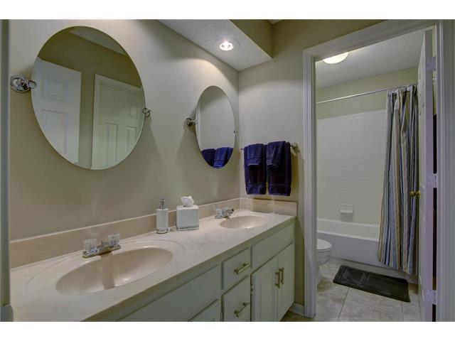 15601 138th Terrace, Olathe, KS 66062 (#2086512) :: Char MacCallum Real Estate Group