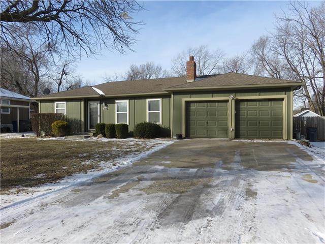 619 N Walnut Street, Olathe, KS 66061 (#2086616) :: The Shannon Lyon Group - Keller Williams Realty Partners
