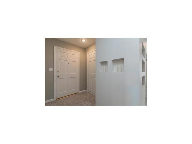 5705 Metcalf Court, Overland Park, KS 66202 (#2086693) :: The Shannon Lyon Group - Keller Williams Realty Partners