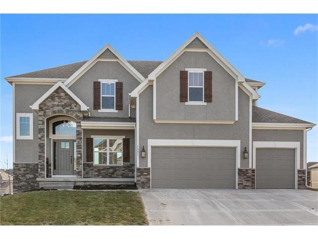 1305 NW 94 Terrace, Kansas City, MO 64155 (#2086723) :: The Shannon Lyon Group - Keller Williams Realty Partners