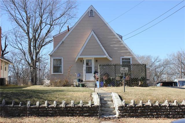 1218 White Avenue, Kansas City, MO 64126 (#2086991) :: The Shannon Lyon Group - ReeceNichols
