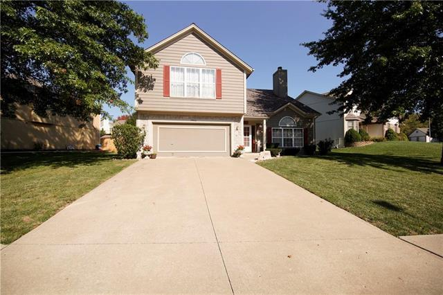 19016 E 34th Terrace, Independence, MO 64057 (#2087605) :: Edie Waters Team