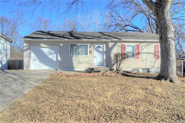 16604 E 2nd Street, Independence, MO 64056 (#2087738) :: Edie Waters Team