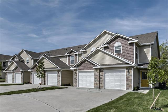 229 Pointe Lane, Raymore, MO 64083 (#2088382) :: NestWork Homes