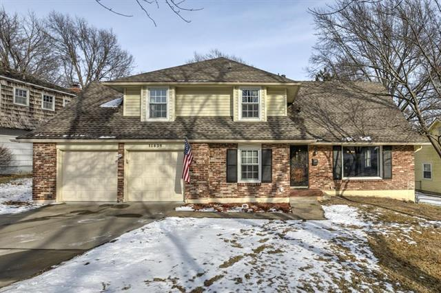 10439 Indiana Avenue, Kansas City, MO 64137 (#2088577) :: Edie Waters Team