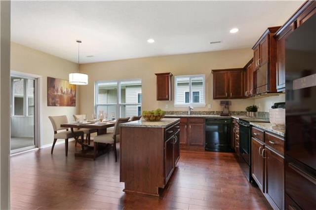 851 NE 65th Terrace, Gladstone, MO 64118 (#2088685) :: The Shannon Lyon Group - Keller Williams Realty Partners
