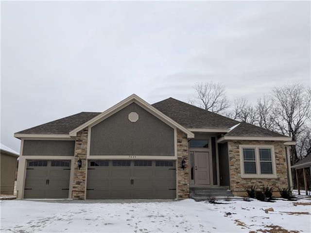 7435 NW Damon Drive, Parkville, MO 64152 (#2088754) :: Edie Waters Team