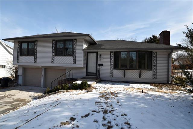 13517 Belmead Avenue, Grandview, MO 64030 (#2089123) :: Edie Waters Team