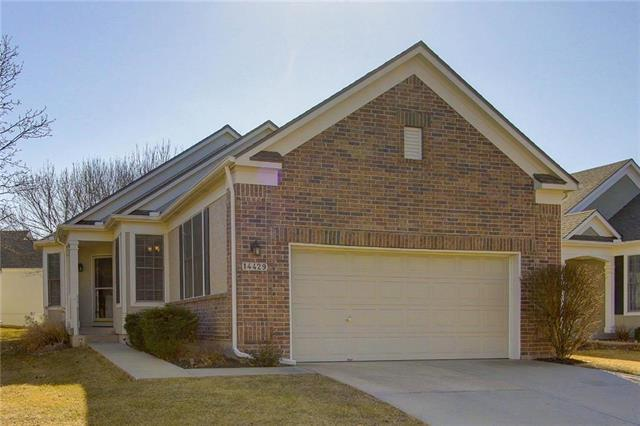 14429 W 126th Street, Olathe, KS 66062 (#2089271) :: The Shannon Lyon Group - Keller Williams Realty Partners