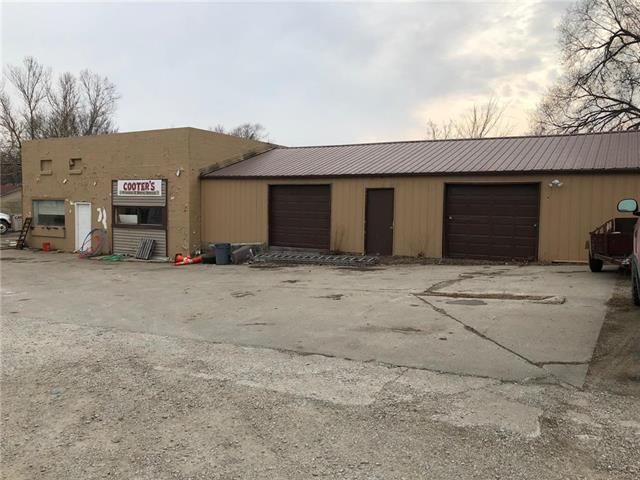 504 Center Street, Lathrop, MO 64465 (#2089340) :: The Shannon Lyon Group - Keller Williams Realty Partners