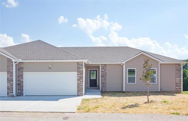 4760 S Union Avenue, Independence, MO 64055 (#2089660) :: Char MacCallum Real Estate Group
