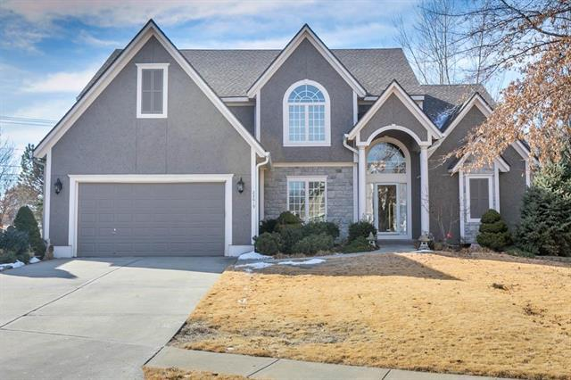 22619 W 46th Terrace, Shawnee, KS 66226 (#2089714) :: NestWork Homes