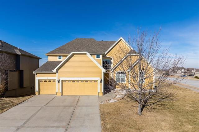 12280 NW Meadowlands Drive, Platte City, MO 64079 (#2089772) :: Tradition Home Group