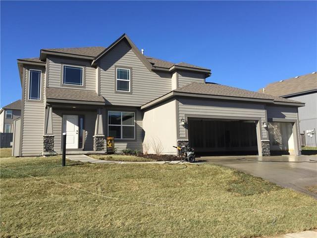 1408 N 132nd Terrace, Kansas City, KS 66109 (#2089781) :: Edie Waters Team