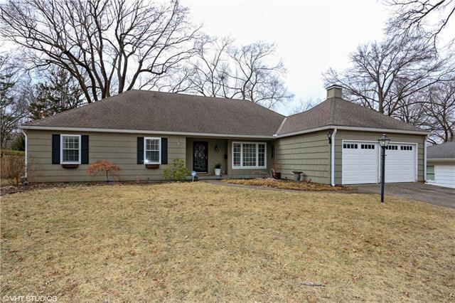 8152 Reeds Road, Prairie Village, KS 66208 (#2089945) :: Edie Waters Team