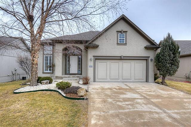 14865 Floyd Lane, Overland Park, KS 66223 (#2090105) :: NestWork Homes