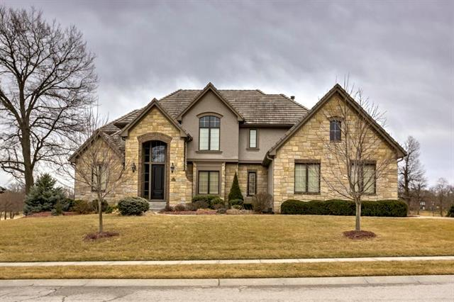 10603 N Dalton Avenue, Kansas City, MO 64154 (#2090141) :: The Gunselman Team