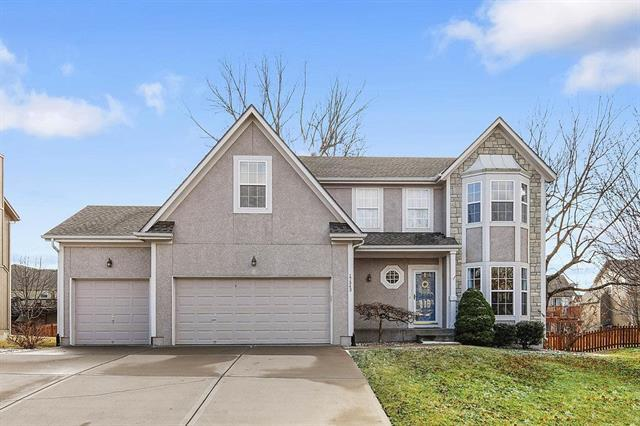 17543 W 159 Terrace, Olathe, KS 66062 (#2090143) :: NestWork Homes