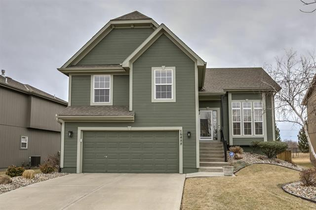 16488 S Fellows Street, Olathe, KS 66062 (#2090181) :: Edie Waters Team