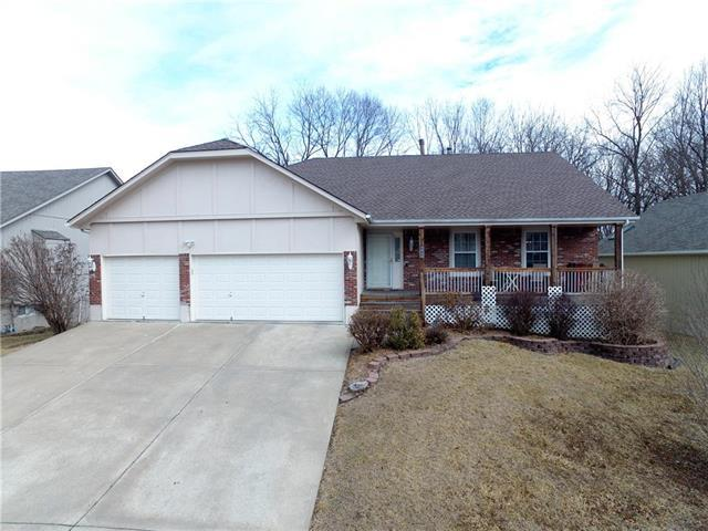 3409 S Arrowhead Court, Independence, MO 64057 (#2090193) :: Team Dunavant