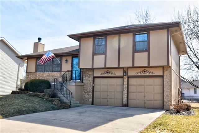 14817 W 149th Terrace, Olathe, KS 66062 (#2090287) :: NestWork Homes