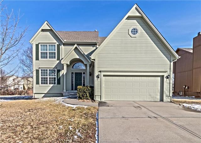 16345 S Avalon Street, Olathe, KS 66062 (#2090312) :: NestWork Homes