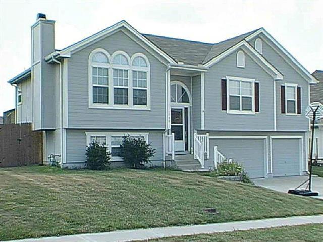 1205 Dogwood Drive, Greenwood, MO 64034 (#2090315) :: Team Dunavant