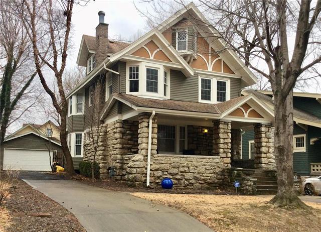 919 W 33 Street, Kansas City, MO 64111 (#2090389) :: Edie Waters Team
