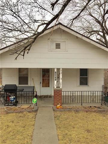 1871 S Tremont Street, Kansas City, KS 66103 (#2090402) :: NestWork Homes
