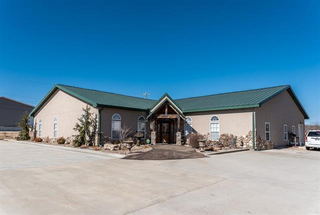 14610 Parallel Road, Basehor, KS 66007 (#2090418) :: The Shannon Lyon Group - Keller Williams Realty Partners