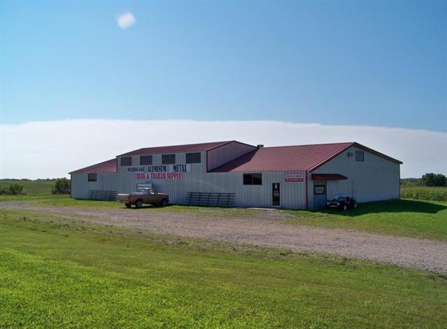 14501 S Us 59 Highway, Oskaloosa, KS 66066 (#2090520) :: The Shannon Lyon Group - ReeceNichols