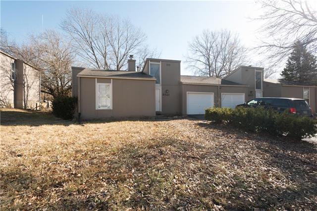 9541 Manning Avenue, Kansas City, MO 64138 (#2090681) :: Team Dunavant