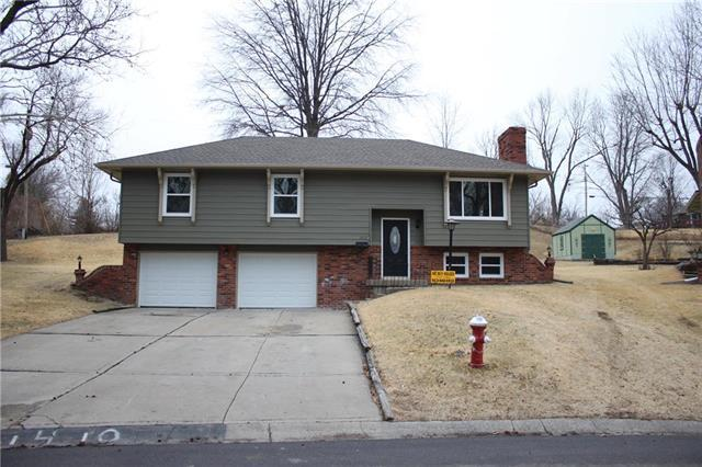 1410 S 50th Drive, Kansas City, KS 66106 (#2091095) :: Edie Waters Team