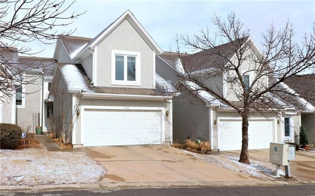 13648 W 58TH Terrace, Shawnee, KS 66216 (#2091143) :: HergGroup Kansas City