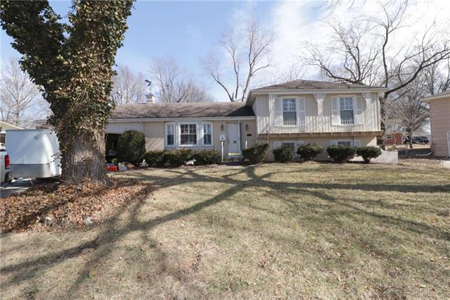 9305 Kessler Lane, Overland Park, KS 66212 (#2091152) :: Edie Waters Team