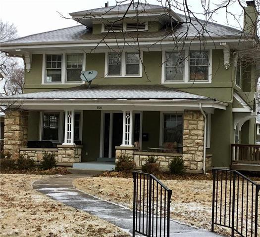 800 W 72nd Street, Kansas City, MO 64114 (#2091455) :: Edie Waters Team