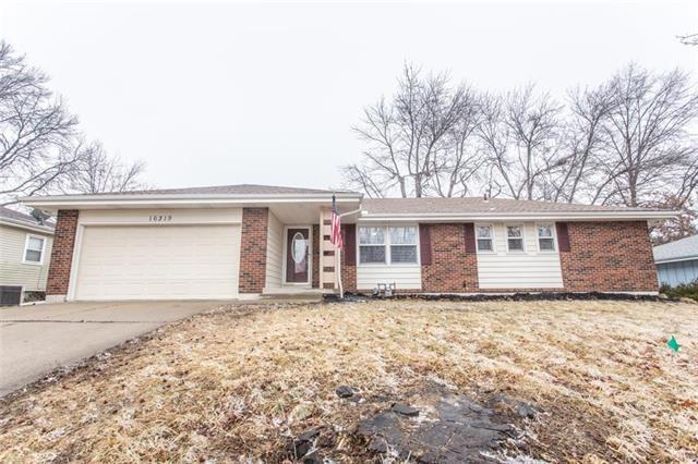 16319 Ellison Way, Independence, MO 64055 (#2091561) :: The Shannon Lyon Group - ReeceNichols