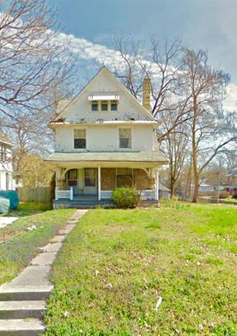 203 N Clinton Place, Kansas City, MO 64123 (#2091703) :: Edie Waters Team